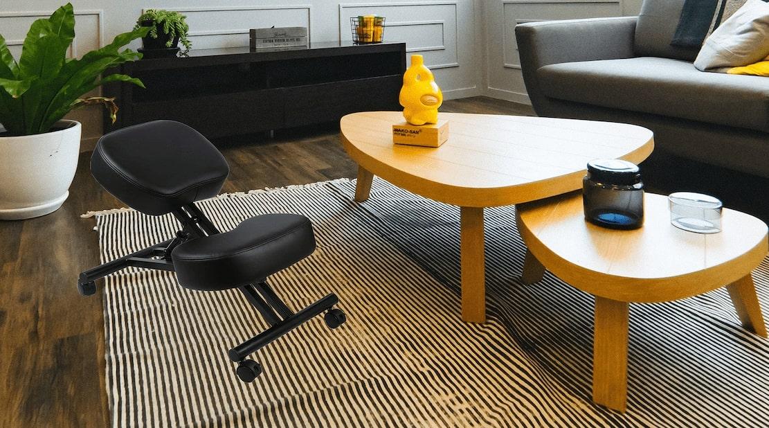 Defy Desk kneeling chair